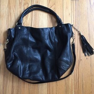 COLE HAAN BLK LEATHER BAG W GOLD HARDWARE